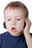 поют мальчик — Стоковое фото
