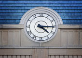 Big Clock Roman Numerals — Stockfoto