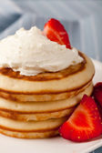 Hotcakes with Whipped Cream — Stock Photo