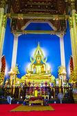Chinarat buddha staty i wat benchamabophit vertikala — Stockfoto