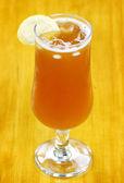 Fresh iced tea on hot day — Stock Photo