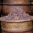 Dried herbs flowers in the Marrakesh street shop, shallow dof - Foto Stock