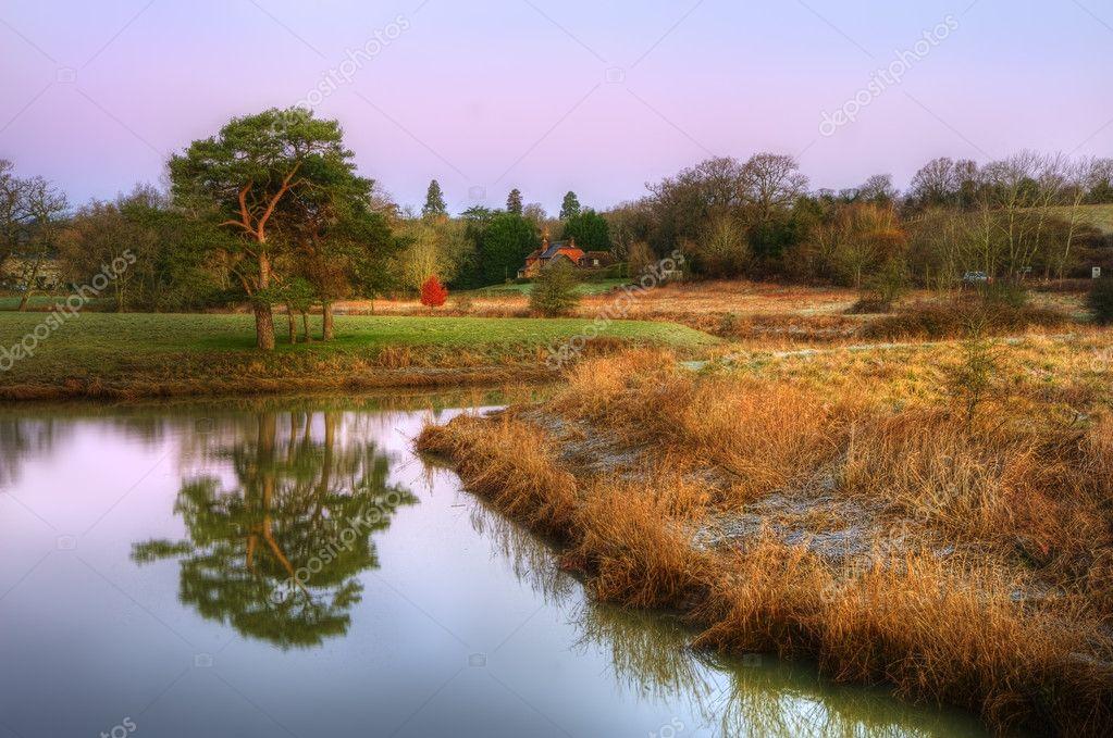 Paesaggio di campagna mozzafiato alba invernale vibrante for Piani di campagna inglese