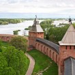 Old towers of Novgorod Kremlin, Veliky Novgorod, Russia — Stock Photo #10727214