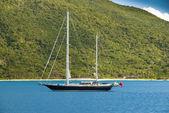 Barca a vela in rada — Foto Stock