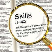 Lupa de definición de habilidades demostrando habilidad aptitud y competir — Foto de Stock