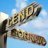 Låna eller låna riktningar på en vägvisare — Stockfoto