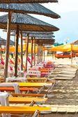 Lugn scen vid stranden av havet — Stockfoto
