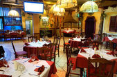 Italian restaurant with a traditional interior — ストック写真