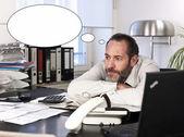 Biznesmen z bańki myśli — Zdjęcie stockowe