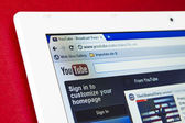 Galati, RO - JAN 31: YouTube turned 7 years old this year and announced that it gets 3 billion views per day and 48 hours of video uploaded per minute. — Stock Photo
