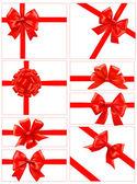 Grande set di fiocchi regalo rosso con nastri. vector. — Vettoriale Stock