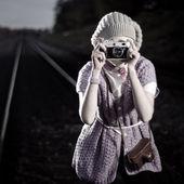 Girl photographer — Stock Photo