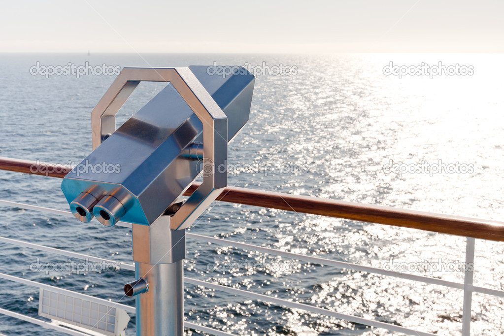 Terrestrial telescope on side of cruise liner — Stock Photo #8340844