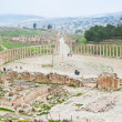 Ancient roman oval forum in antique town Jerash - Foto de Stock