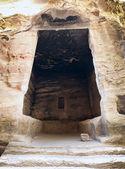 интерьер большой античный палаты в маленькой петры — Стоковое фото