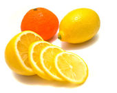 Fresh lemon and tangerine — Stock Photo