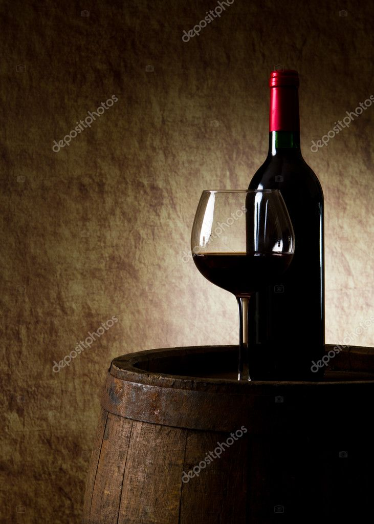 The still life with red wine, bottle, glass and old barrel — Stock Photo #8110502