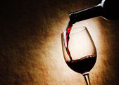 Red Wine glass and Bottle — Stockfoto