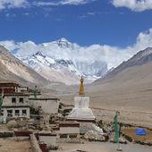 Tibet: rongbuk monastery — Stock Photo