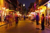 New orleans, bourbon ulici v noci, panorama fotografie — Stock fotografie
