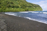 Black Sand Beach — Stock Photo