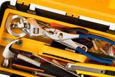 Caixa de ferramentas amarela — Fotografia Stock
