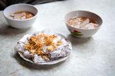 Vietnamese bánh cuon nóng dish — Stock Photo