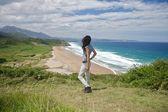 Femme sur la plage de la vega — Photo
