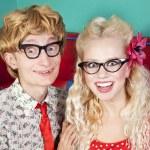 šťastný pár nerdy — Stockfoto