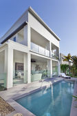 Modern house with swimming pool — Stok fotoğraf