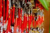 Buddhistiska hand bells à jour — Stockfoto