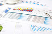 Charts of growth, paperworks — Stock Photo
