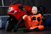 Fetish Model Agna Devi Orange Latex — Foto Stock