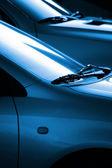Siyah ve mavi otomobil — Stok fotoğraf