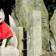 Fox statue at the Fushimi Inari Shrine in Kyoto — Stock Photo #8502075