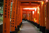 Torii gates at Inari shrine in Kyoto — Stock Photo
