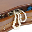 Jewelry box with peals — Stock Photo