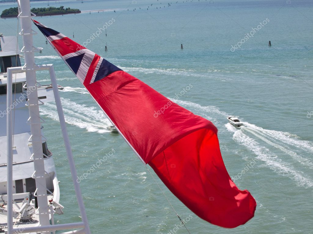 Red flag on the cruise ship — Stock Photo #10716961
