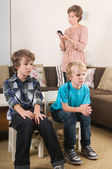 Children watching tv — Stock Photo