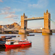 Tower Bridge and Thames — Stockfoto #9136855