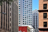 San francisco architectural contrasts — Stock Photo