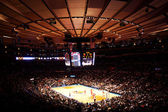 Madison square garden NBA knicks match — Stock Photo