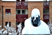 Lenin Statue in Cavriago Italy during a snow storm — Stock Photo