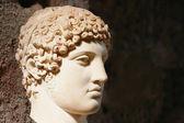 Homme antique statue tête — Photo