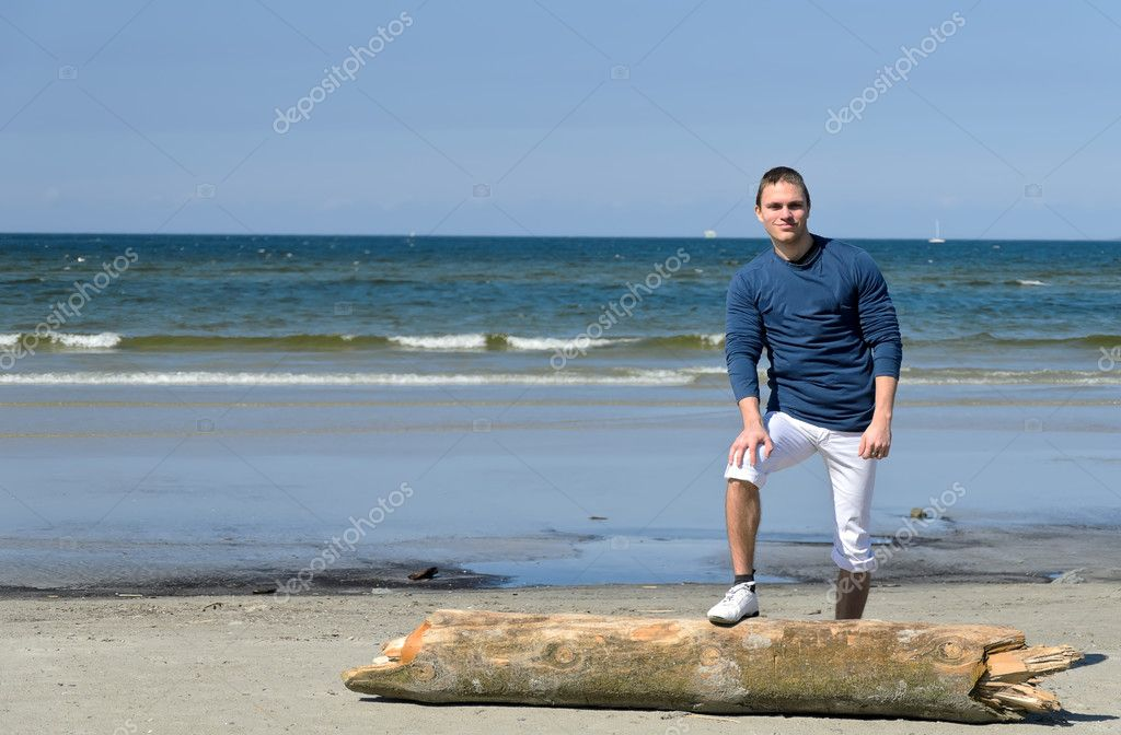 Hombre gay playa desnuda pic 72