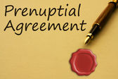 Getting a prenuptial agreement — Stock Photo