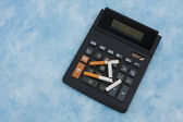 Calculating the cost of smoking — Stock Photo