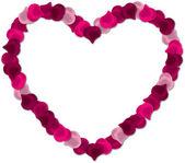 在白色背景上红色的玫瑰花瓣的心矢量图像. — 图库矢量图片