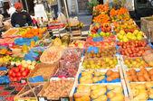 户外市场 — 图库照片